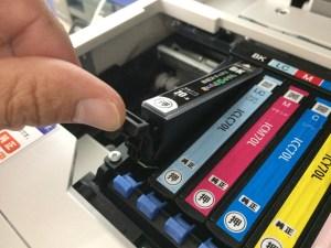 プリンターのインク交換 エプソンEP805AW BK