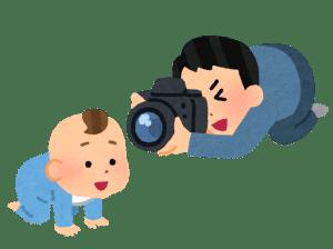 ミラーレス一眼レフカメラで赤ちゃんをとる人