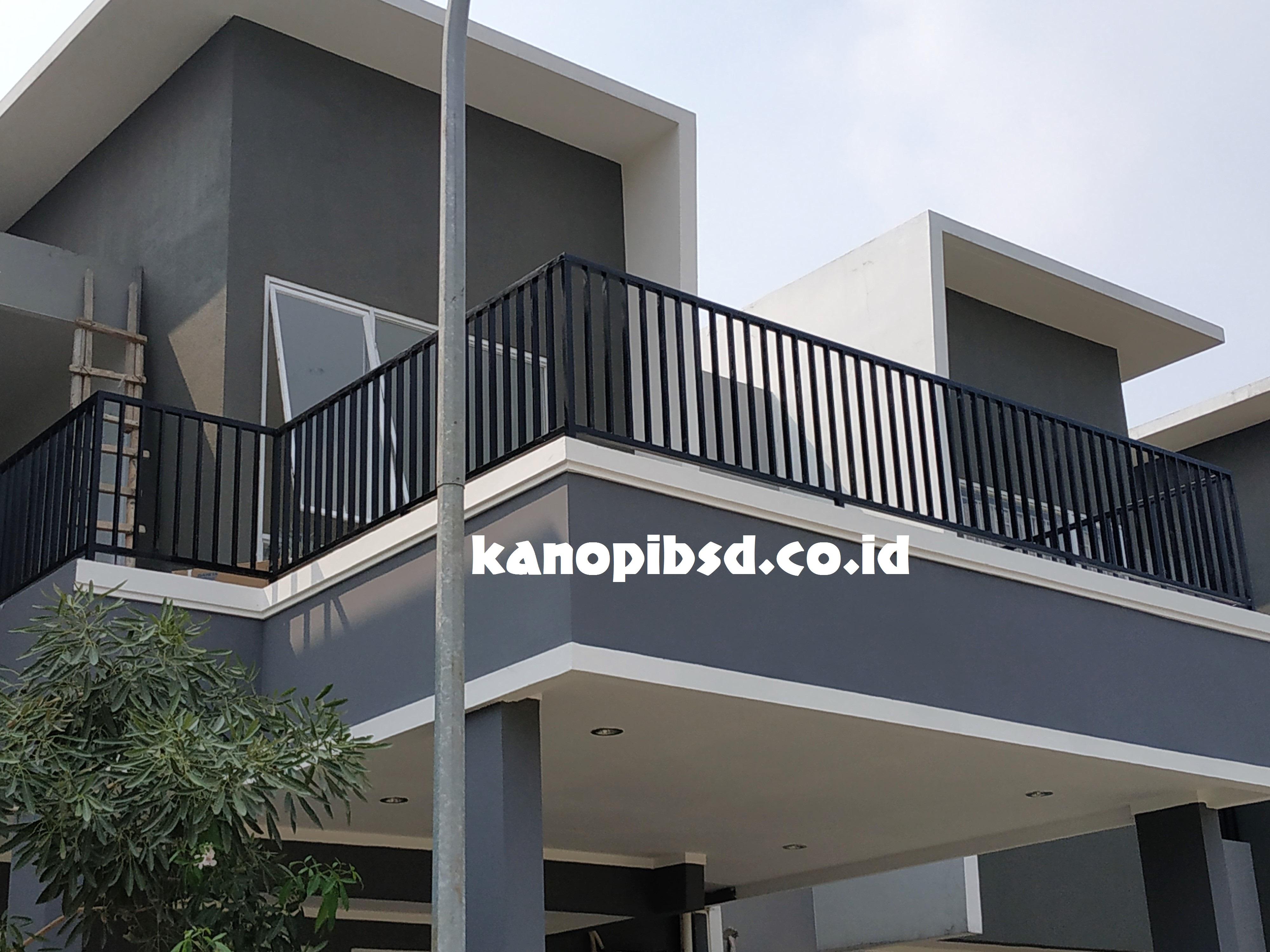 Balkon Rumah Minimalis Bsd Tangerang Kanopi Bsd