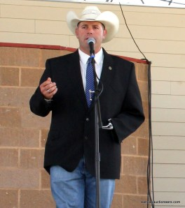 Ross Daniels competing in the 2015 Kansas Auctioneer finals.