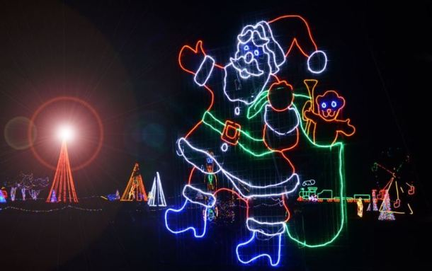 Christmas In The Park At Longview Lake Radio 2020 Christmas in the Park   Kansas City on the Cheap