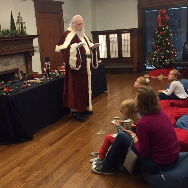 Christmas activities in Kansas City - Santa Claus at the Toys and Miniatures Museum in Kansas City