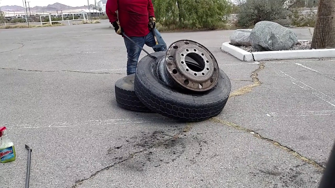 Semi truck tire dismount and Mount