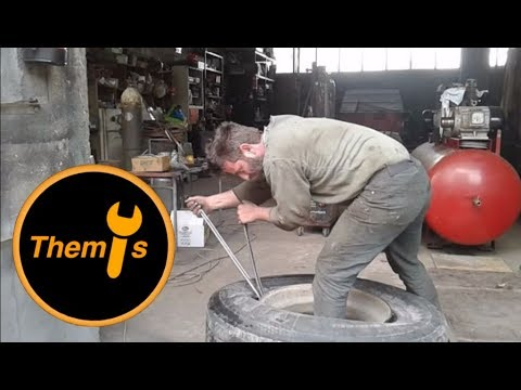 How to Mount and Dismount a Truck Tire With Pry Bars in 10 Minutes
