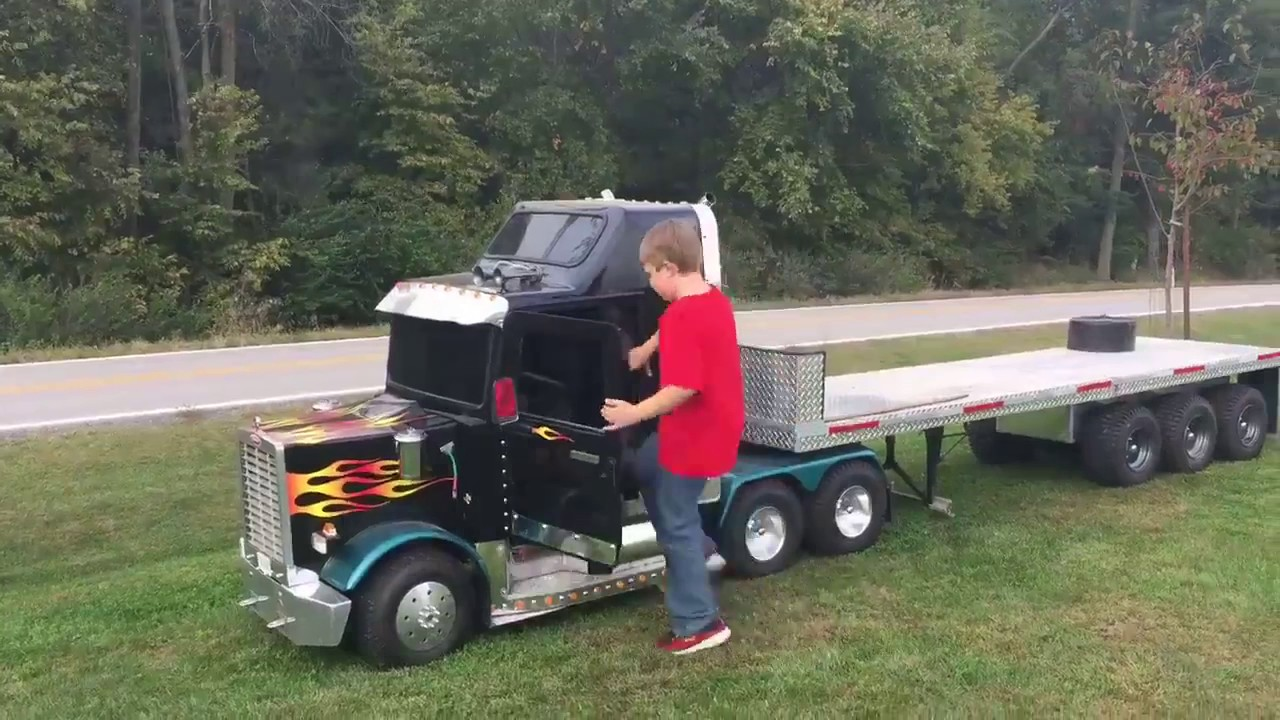 AWESOME MINI TRUCK KIDS