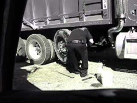 changing a semi truck tire