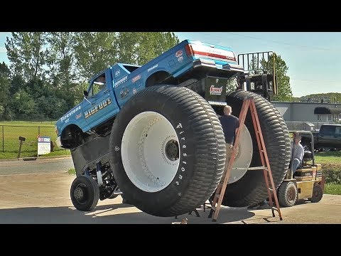 World's Biggest Pickup Truck - BIGFOOT #5 Assembly - BIGFOOT 4x4, Inc.