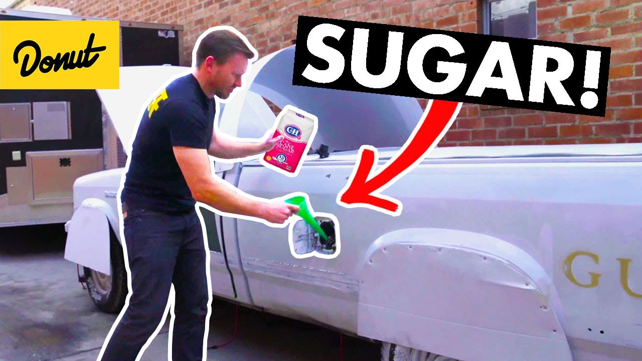 SUGAR IN THE TANK - What actually happens? | HOW IT WORKS | SCIENCE GARAGE