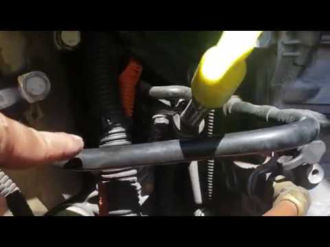 Freightliner cascadia DD13 DD15 coolant leak remove & replace hard plastic coolant hoses (Explained)