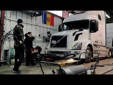 Volvo D13 Radiator replacement