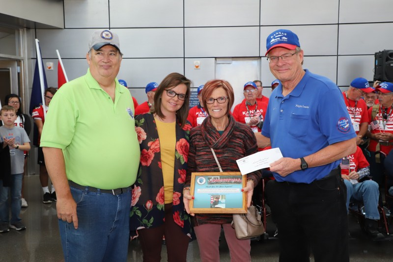 Kansas Honor Flight Heroes Return Home