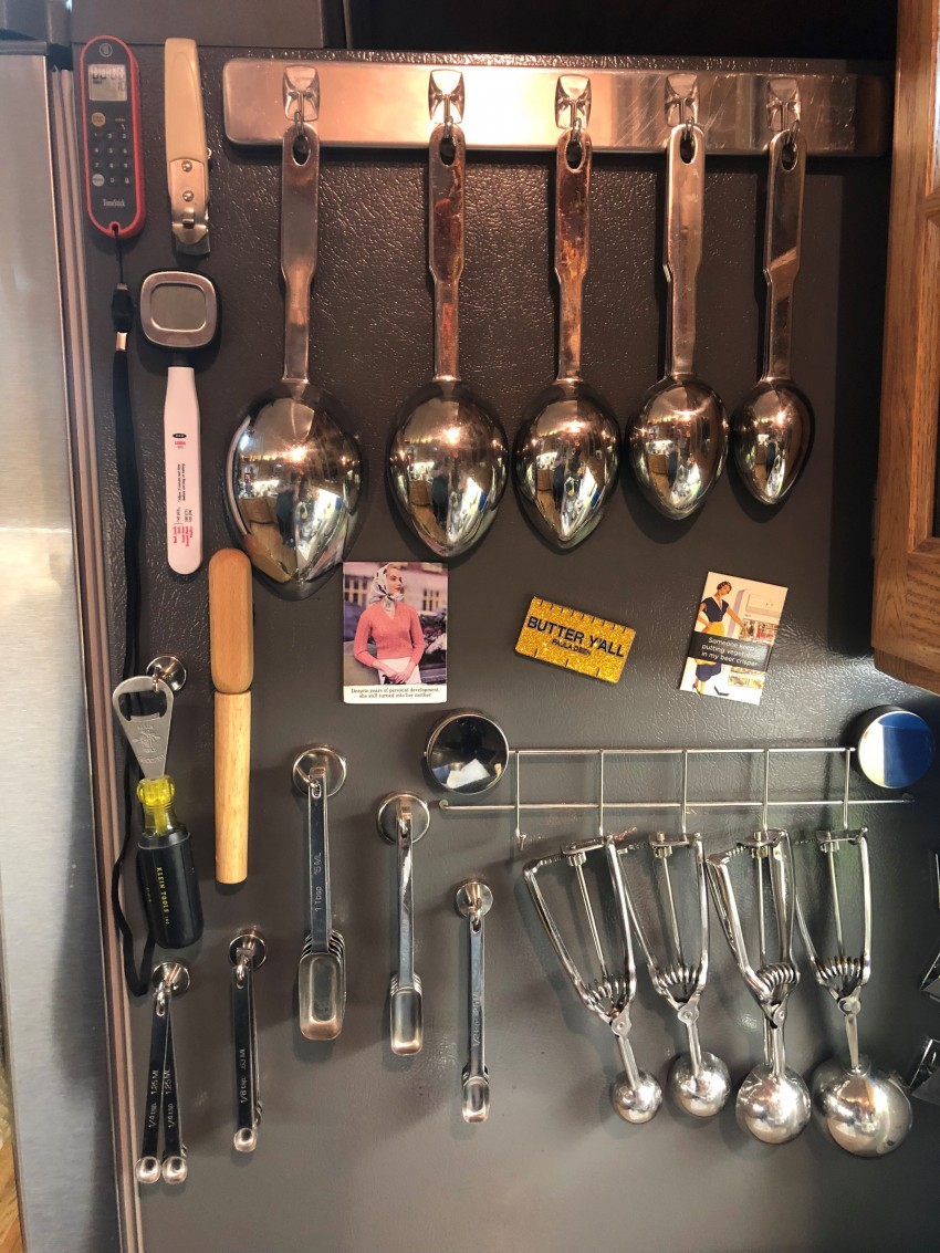 Best. Tips. Ever! I actually WANT to be in my kitchen now! These 12 changes I made to my kitchen organization have made such a huge difference!