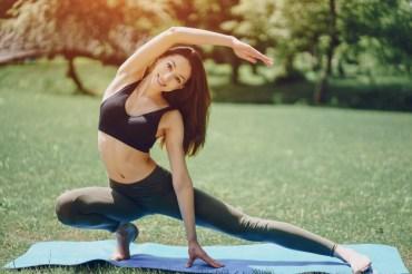 yoga-girl_1157-7788