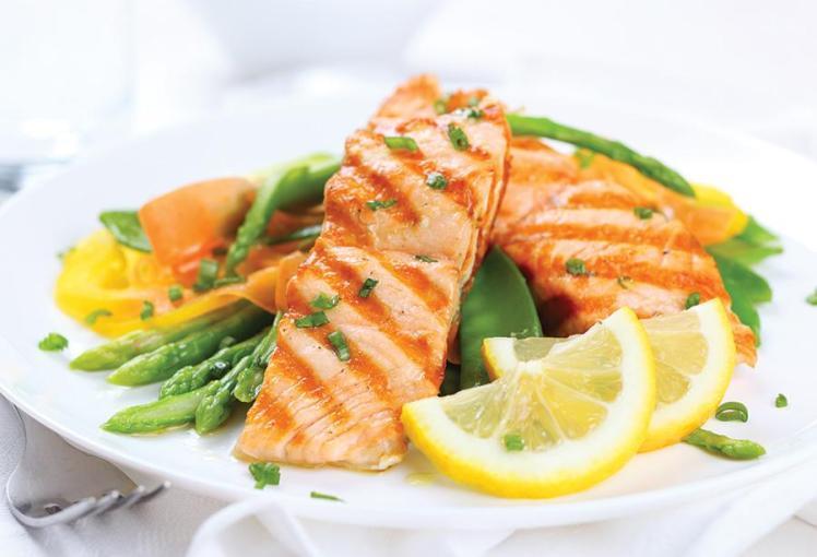 salmon fish healthy food 2016