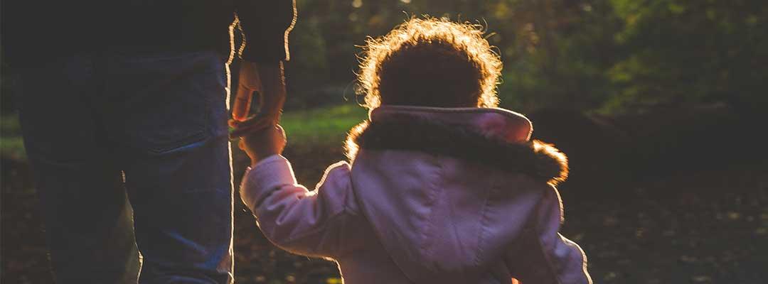 Ini Perbedaan antara Pengangkatan, Pengakuan dan Pengesahan Anak