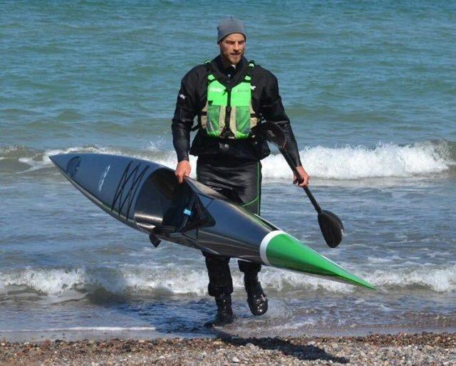 Gordan Harbrecht nach seinem Training für die Surfski-WM 2021.