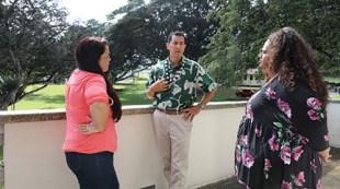 Hilo senator Kaiali'i Kahele and students continue a conversation outside of the library after the Q & A event -Eliana Christianson
