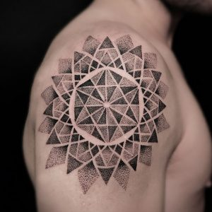 tattoo tatouage thai mandala