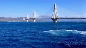 Pod mostom Rio-Antirio a nad riekou Acheron - Peloponéz 2015, 13. zastávka