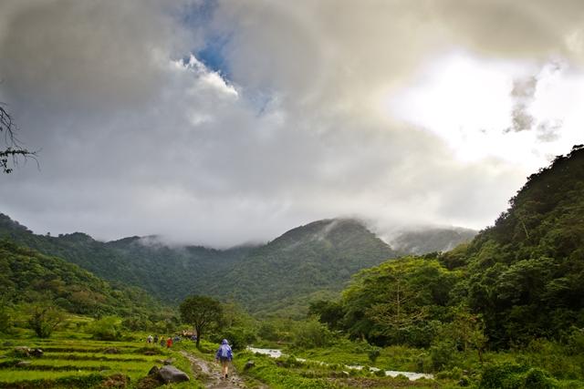 trail to Kabigan Falls