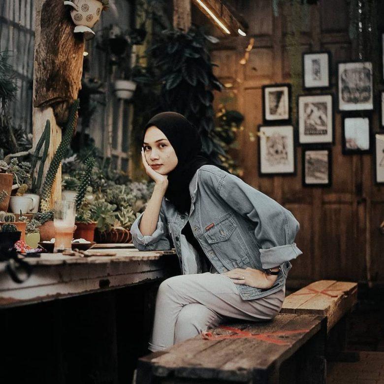 Retrorika Cafe