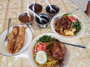 Suriname Tamaredjo Javaans eten