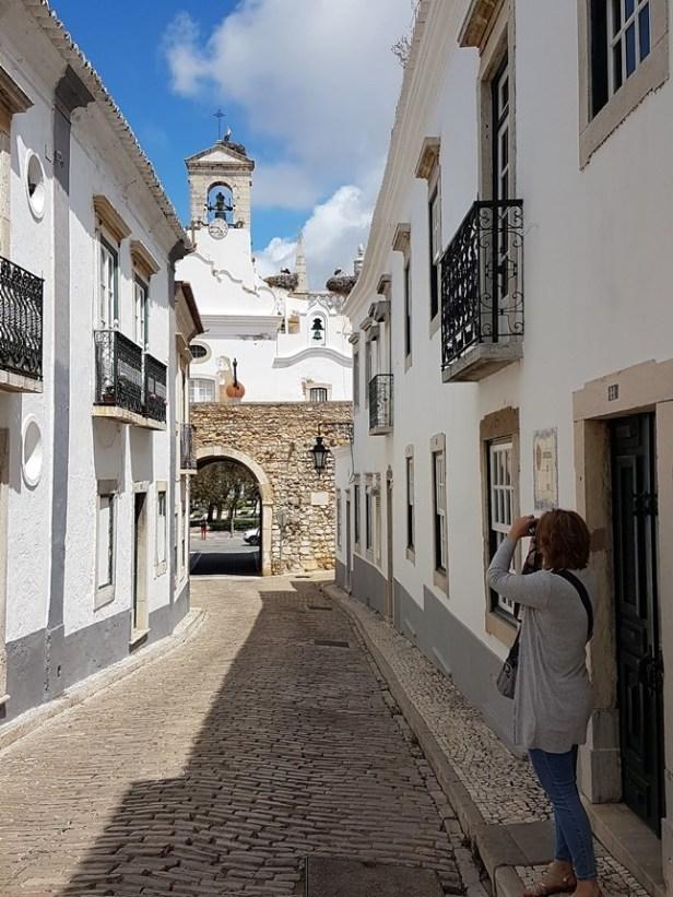 Faro ooievaars oude stad