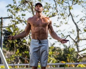 Gabe Kapler jumping rope