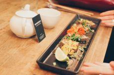MONSIEUR K | Ceviche de thon rouge, piments verts, coco. Photos : You need a cocktail