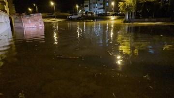 Karabük'te metrekareye 20 kg yağış düştü, ev ve bahçeleri su bastı