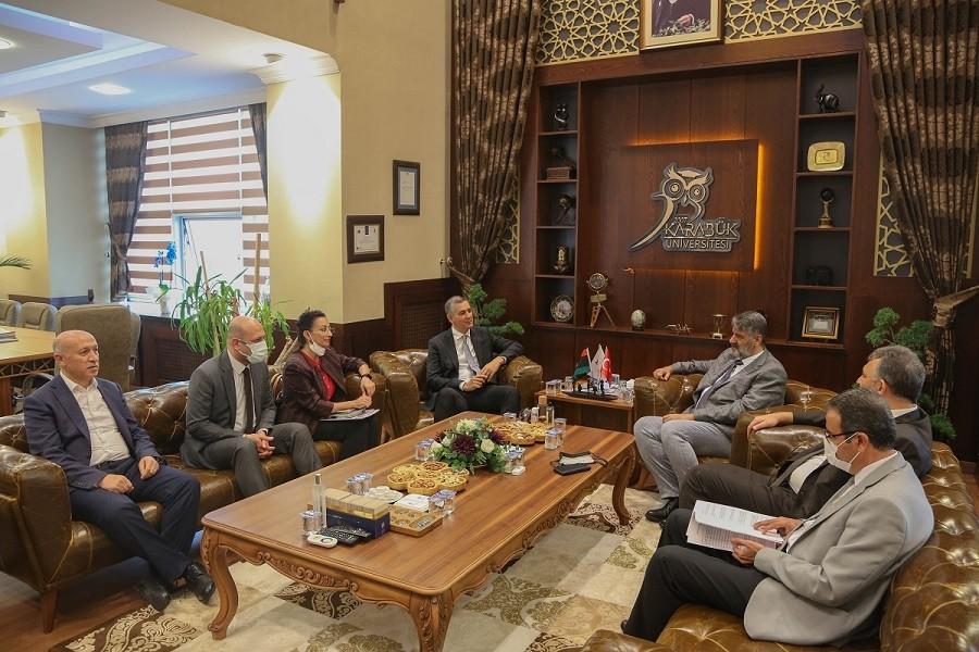 Libya Büyükelçiliği Akademik Ataşeliği ile KBÜ arasında protokol imzalandı