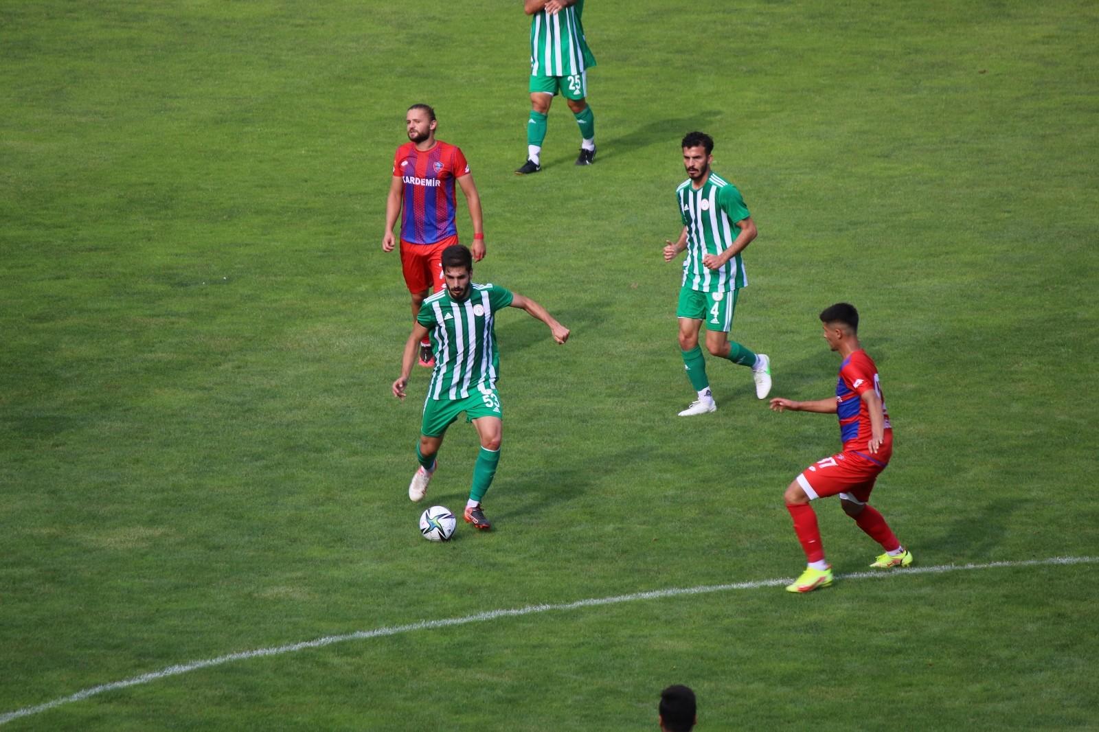 TFF 3. Lig: Kardemir Karabükspor: 0 – Karbel Karaköprü Belediyespor: 4