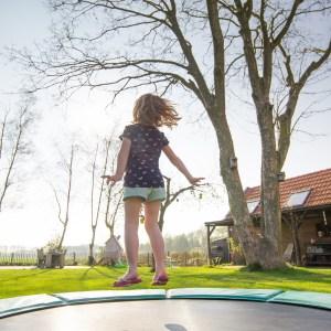 子ども向けトランポリン6選!自宅で簡単に運動不足&ストレス解消