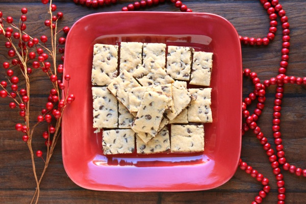 Chocolate Chip Toffee Cookie Bars - karainthekitchen.com