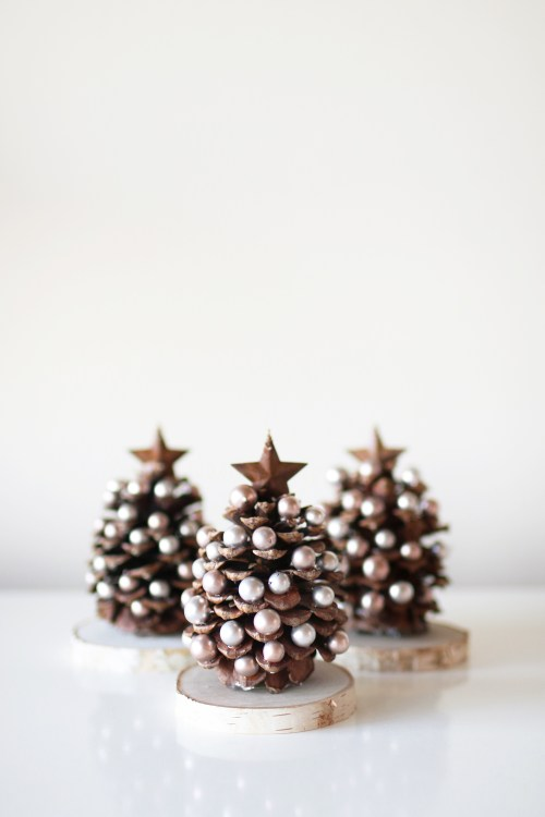 A fun and darling pinecone christmas tree craft to have the kids join in on! I absolutely love handmade items and little details around the house this time of year - completely invites the magic and spirit of Christmas into our home! Catch the step-by-step walk through and supply list over on Haus of Layne! #ChristmasCraft #PineconeChristmasTreeCraft #ChristmasCraftsForKids #DIYChristmasCraft #ChristmasCraftIdeas #EasyChristmasCrafts #HolidayCraftIdeas #PineconeCraftIdeasForKids