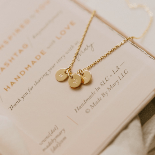 Meaningful gift ideas for Mother's Day this year! Catch them now over at Haus of Layne #MothersDay #MothersDayGiftIdeas #MothersDayGift #GiftIdeas #MadeByMary