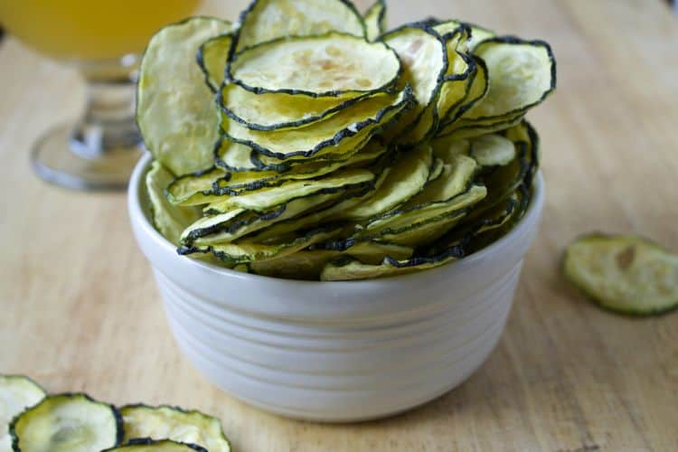 Truffle Zucchini Chips | The Foodie Dietitian @karalydon