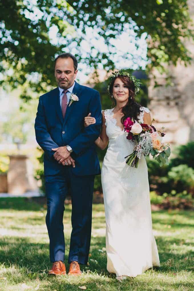 rustic-barn-wedding-in-western-new-york-6