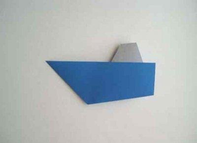 Как сделать кораблик из бумаги? Инструкция складывания бумажного кораблика своими руками этап 34