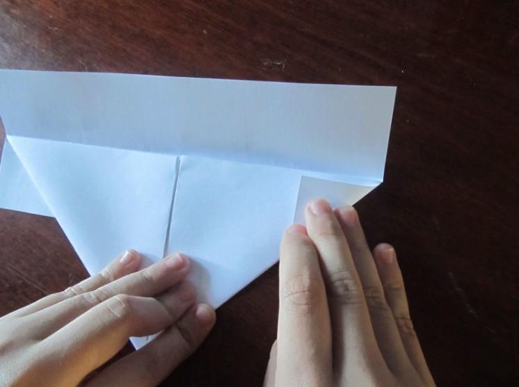 Hoe maak je een boot van papier? Instructie opvouwbare papierboot Doe het zelf Stage 13