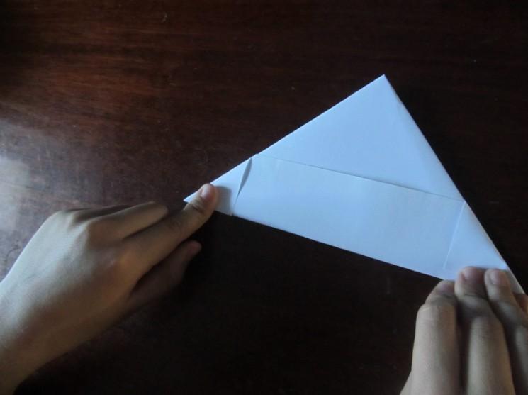 Hoe maak je een boot van papier? Instructies voor opvouwbare papieren boot Doe het zelf Stage 16