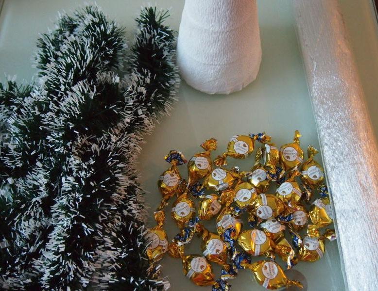 Árvore de Natal com as mãos para o ano novo e # 8212; Ideias fotográficas e mestres estágio 57