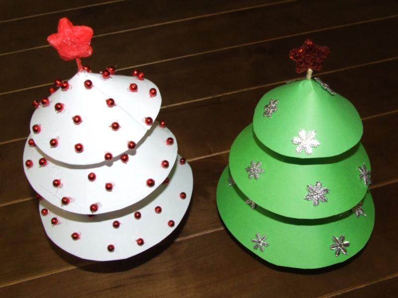 Tělor strom z papíru & # 8212; Schémata a šablony vytvořit vánoční strom s vlastními rukama