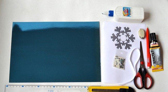کارت های سال نو آن را برای کودکان انجام می دهند: کلاس های کارشناسی ارشد و قالب های کارت پستال برای سال نو 2021 مرحله 69