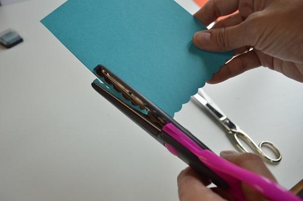کارت های سال نو آن را برای کودکان انجام می دهند: کلاس های کارشناسی ارشد و قالب های کارت پستال برای سال جدید 2021 مرحله 6