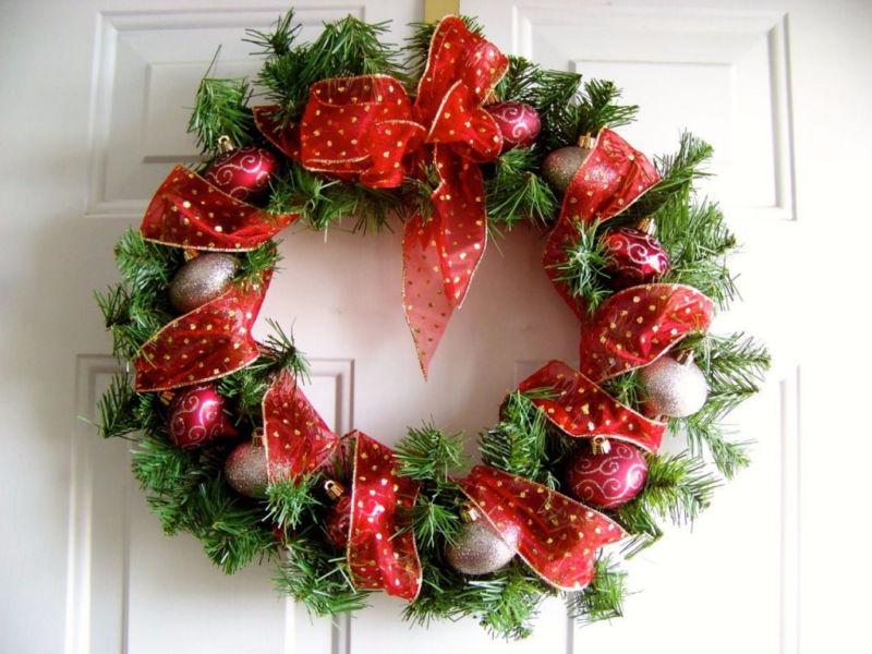 Жаңа жылдық гүл шоқтарын өзіңіз жасайды. Үйде гүл шоқтарын өндіруге арналған 12 шеберлік сабағы 41