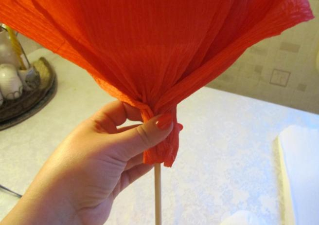 Paper Flowers & # 8212; Mga scheme at mga template para sa paglikha ng mga kulay ng papel na yugto 49.