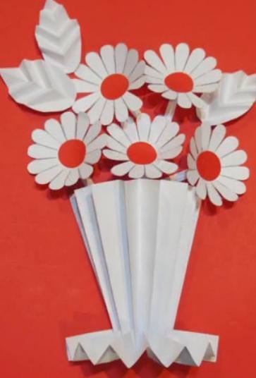 Paper Flowers & # 8212; Mga scheme at mga template para sa paglikha ng mga kulay ng papel na yugto 153.