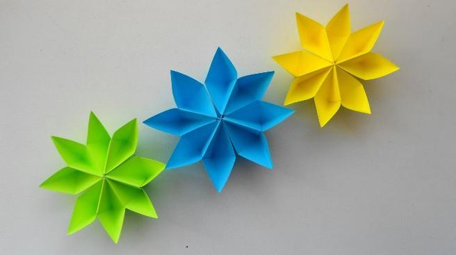 Paper Flowers & # 8212; Mga scheme at mga template para sa paglikha ng mga kulay ng papel na yugto 129.