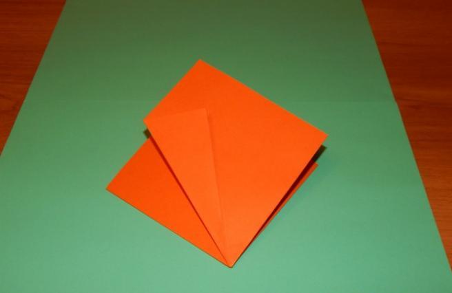 Paper Flowers & # 8212; Mga scheme at mga template para sa paglikha ng mga kulay ng papel na yugto 86.